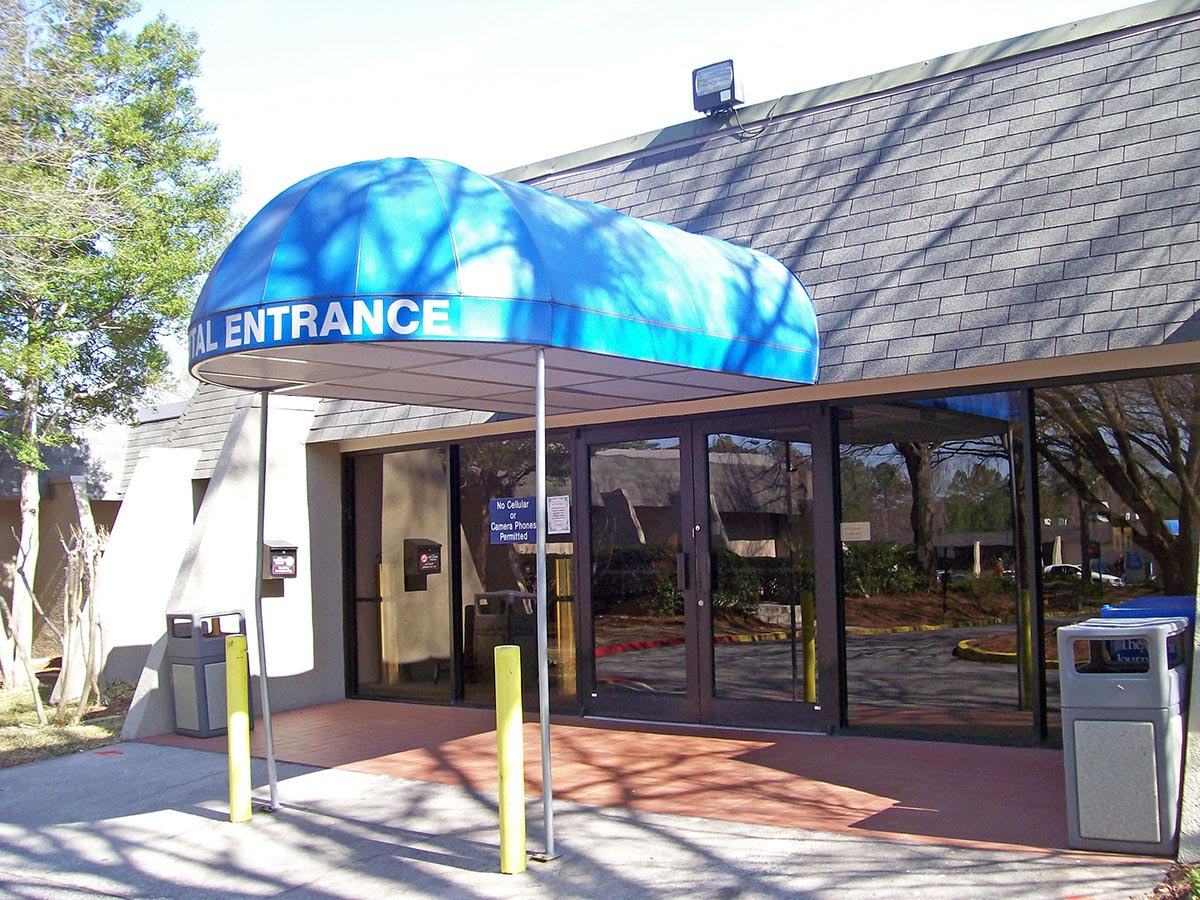 awnings canopies commercial building signs windscreens retail