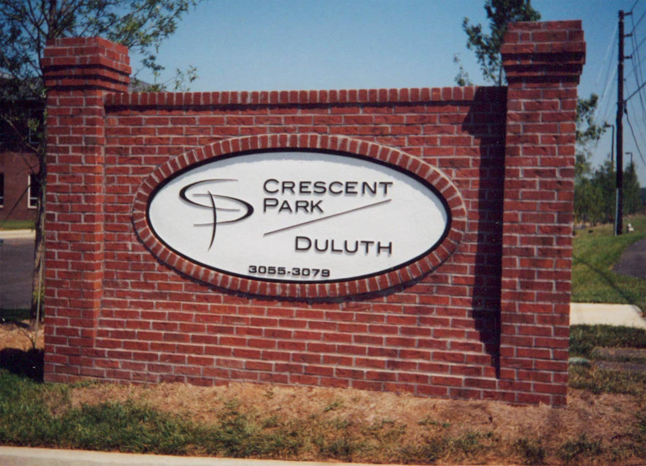 neighborhood entrance signs
